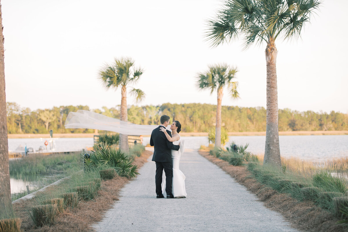Powell_Oldfield_River_Club_Bluffton_South_Carolina_Beaufort_Savannah_Wedding_Jacksonville_Florida_Devon_Donnahoo_Photography_0929