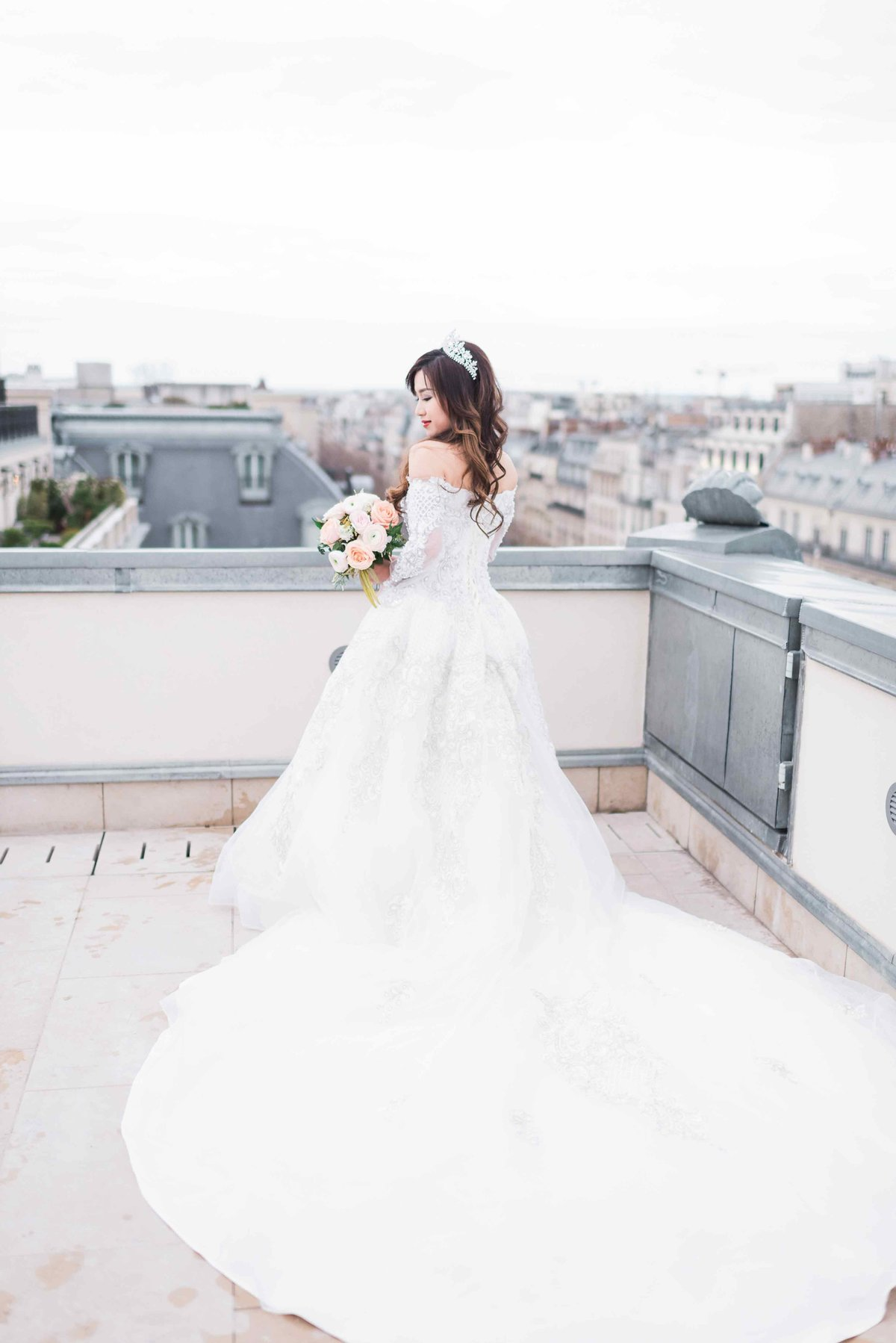 laure_lalliard_design_ClaireMorrisPhoto_paris_asian_bride