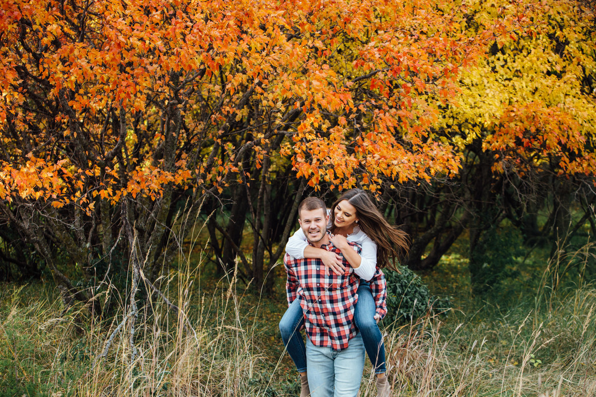 Chalco Hills Recreation Area engagement pictures0039