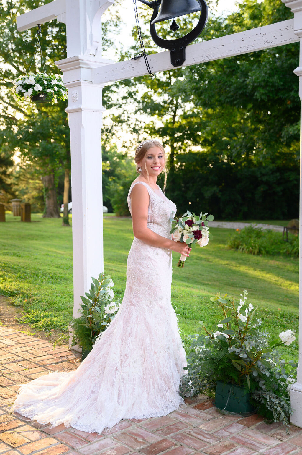 Lynwood Estate - Luxury Richmond Kentucky Wedding Venue - Elegant Estate Wedding 00018