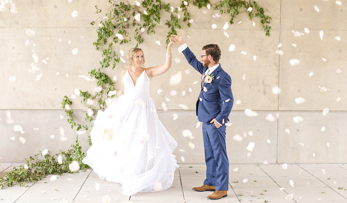 lux-bride-styled-shoot-grand-rapids-art-museum