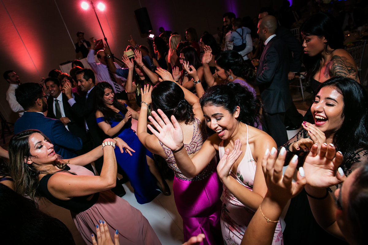 144-hotel-irvine-wedding-photos-sugandha-farzan
