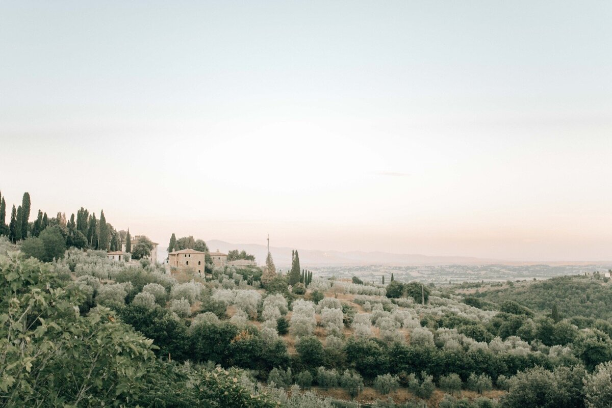 53_Tuscany_Luxury_Wedding_Photographer (53 von 54)_A luxury wedding photographer in Tuscany. Discover the work of luxury wedding photographer Flora and Grace in Italy.