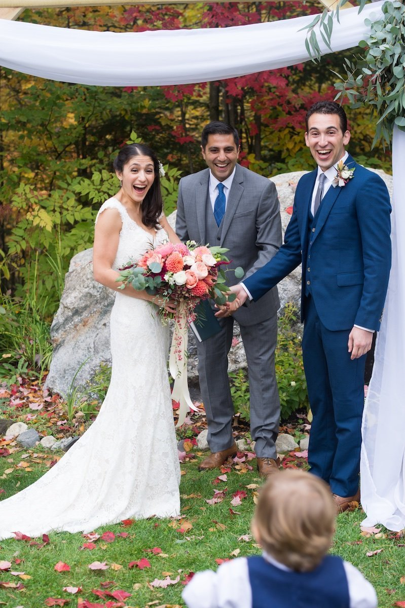 photographer for intimate small wedding at the Notch House at Lake Willoughby in Vermont 2