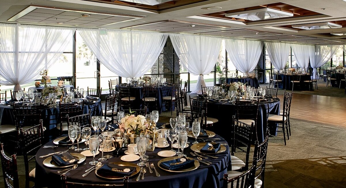 Ballroom with window draping (1)