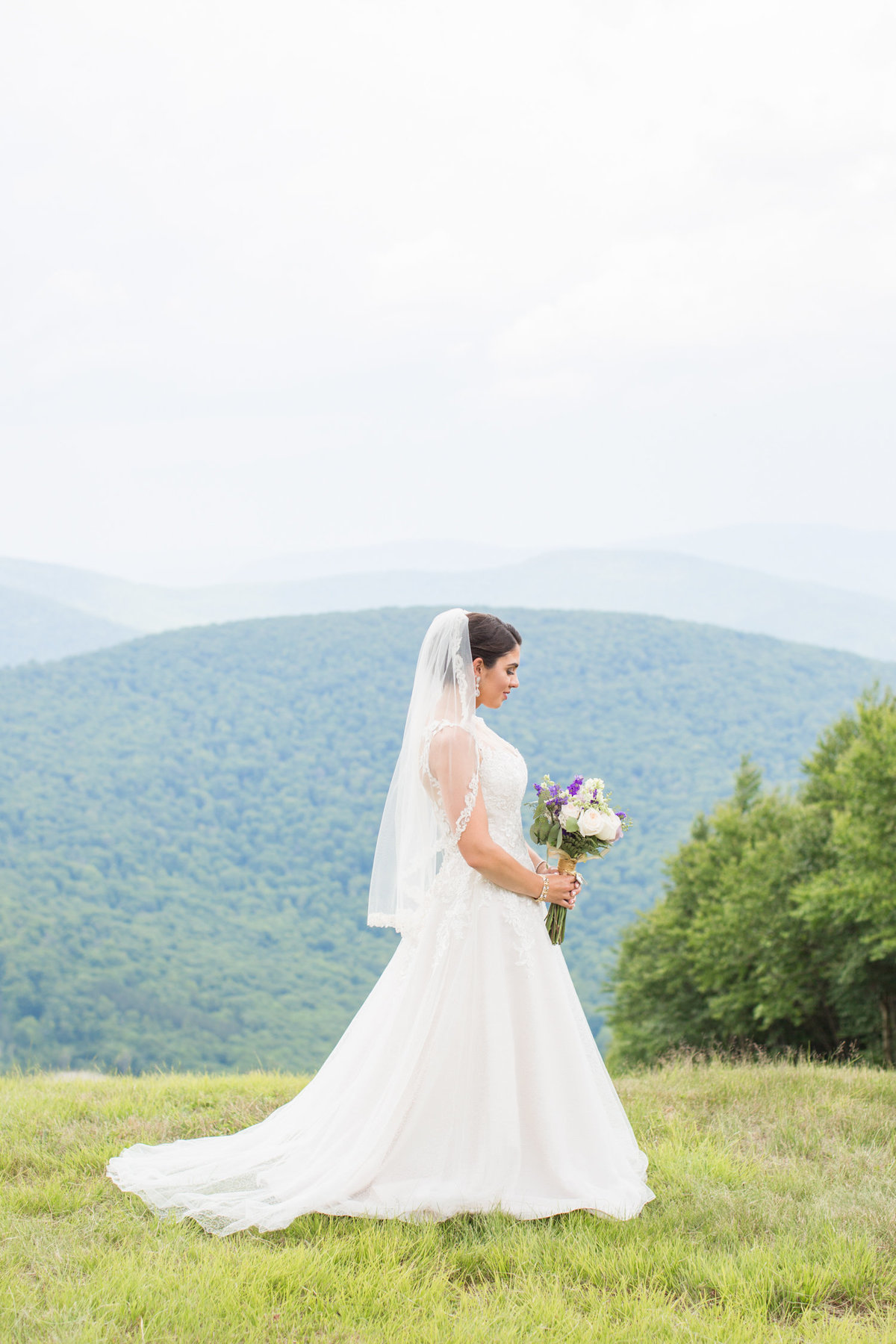 Laura-Klacik-Photography-Natural-Wedding-Photos-54