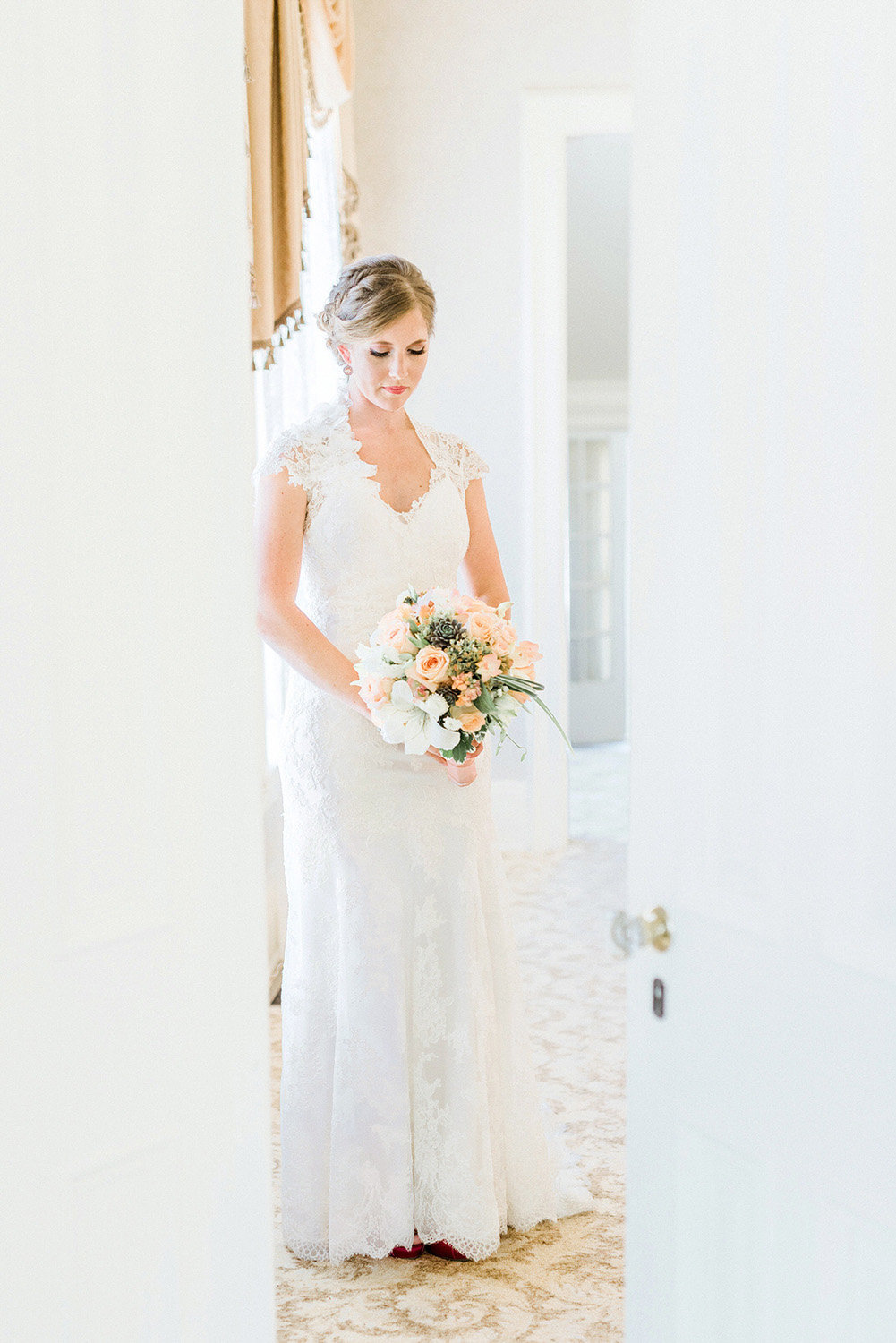 bridal portrait at the Snowden House