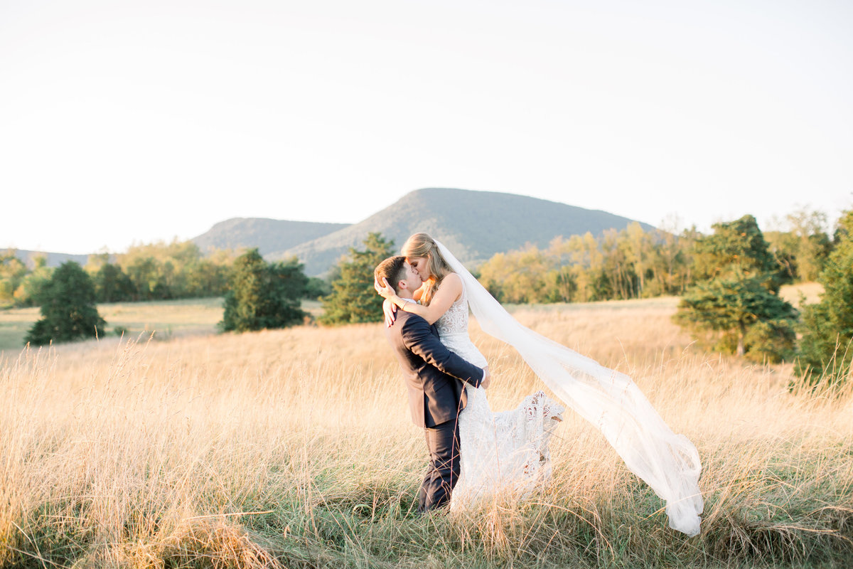 Kristen Cranham Photography Blacksburg Virginia Wedding Engagement Lifestyle Adoption Foster Photographer Light Airy Clean17