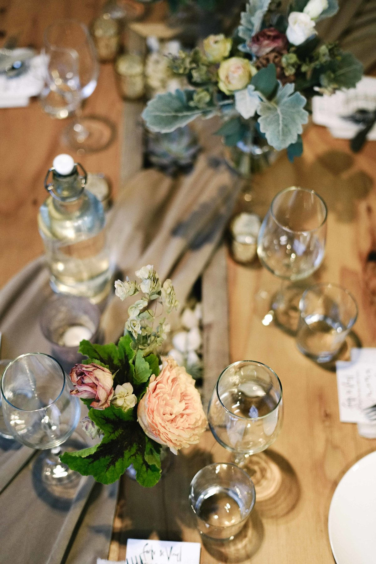 Dinner party floral centerpieces