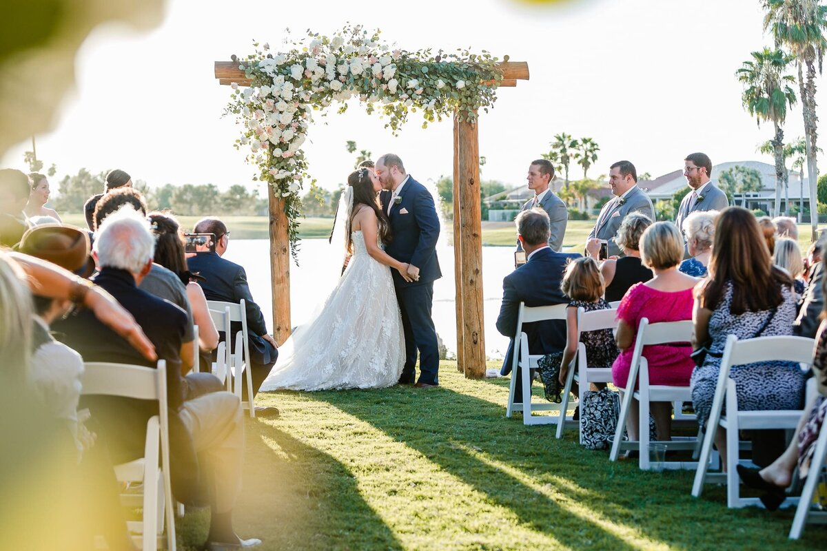 Oakwood-Country-Club-Wedding-Photo-by-Leslie-Ann-Photography-4