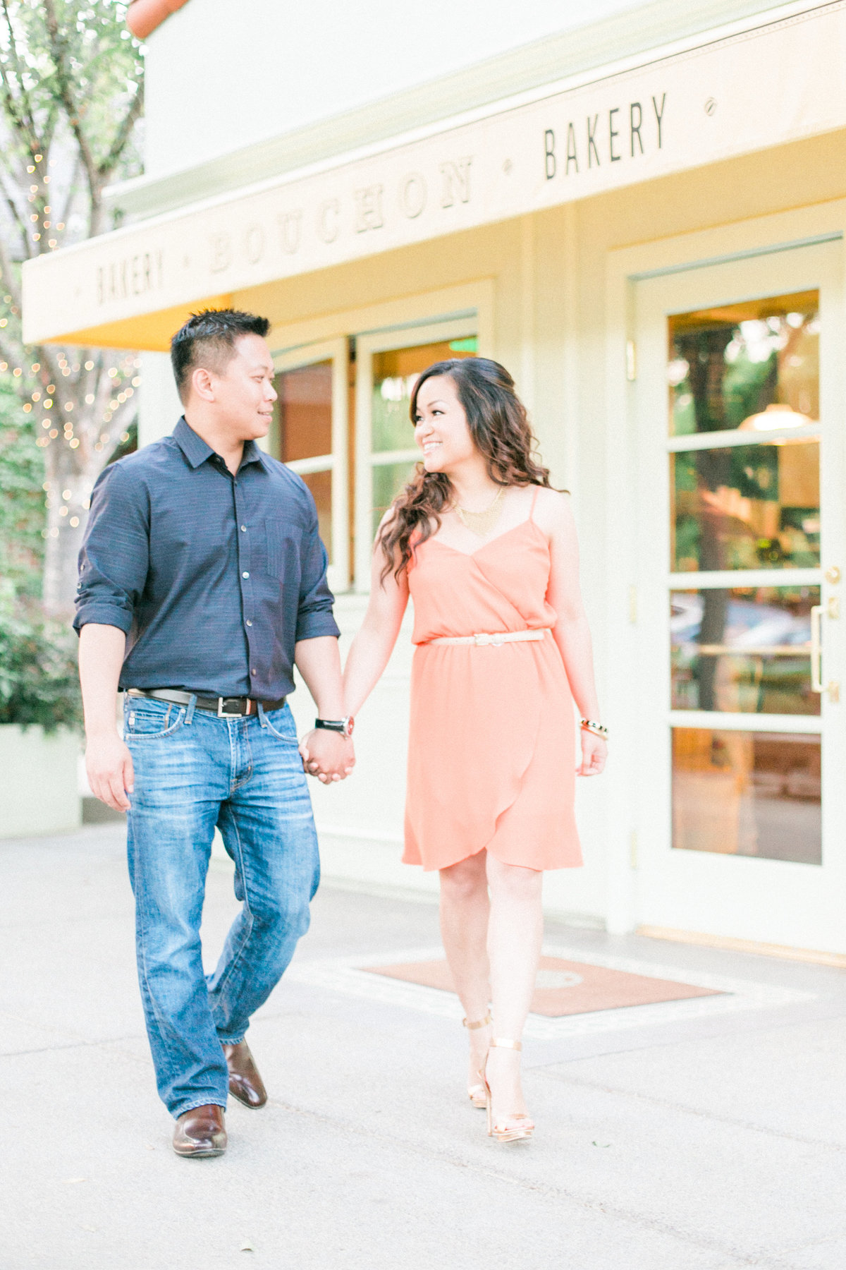017_Yountville-engagement-session-BouchonBakery