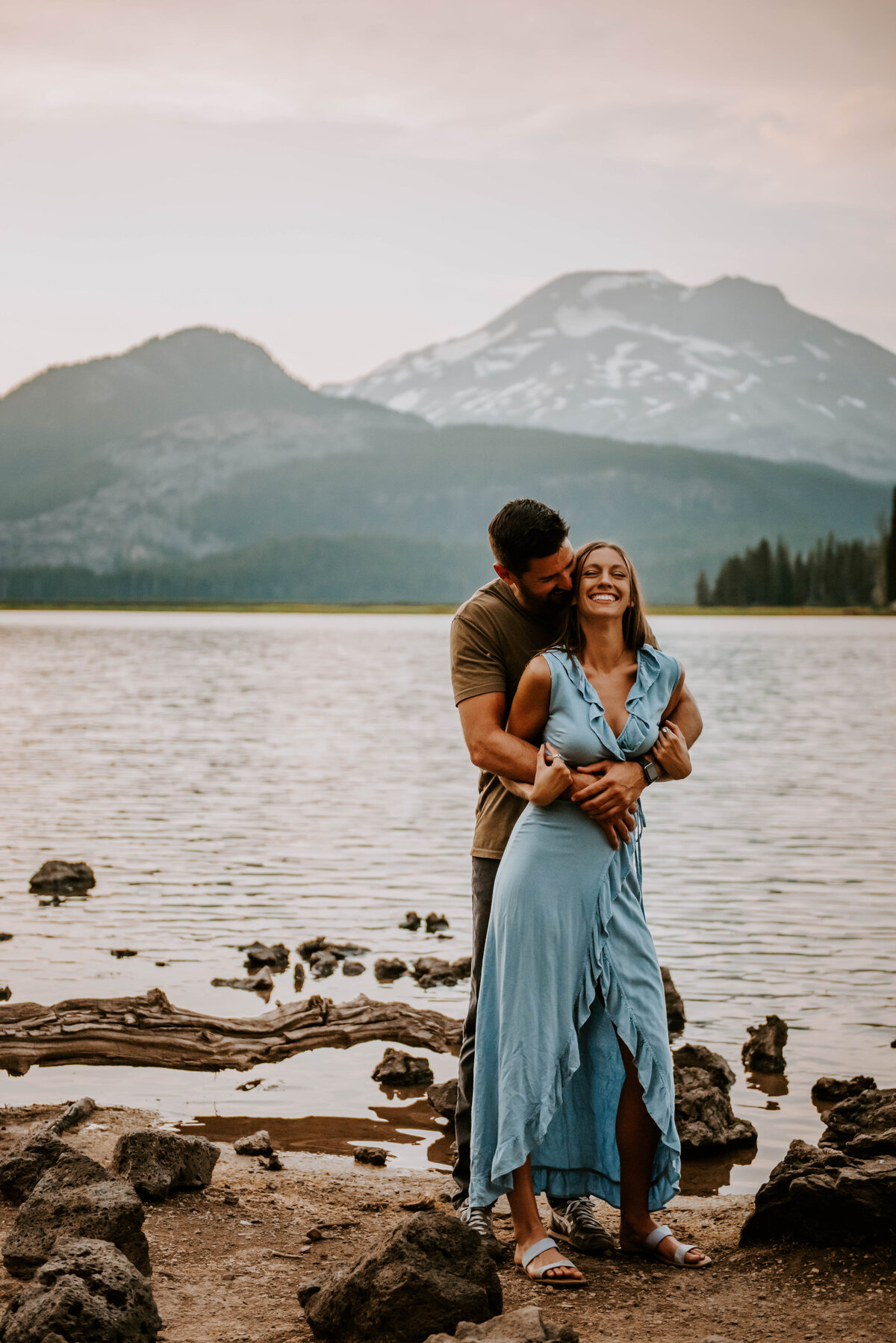 sparks-lake-oregon-couple-photographer-elopement-bend-lakes-bachelor-sisters-sunset-5631