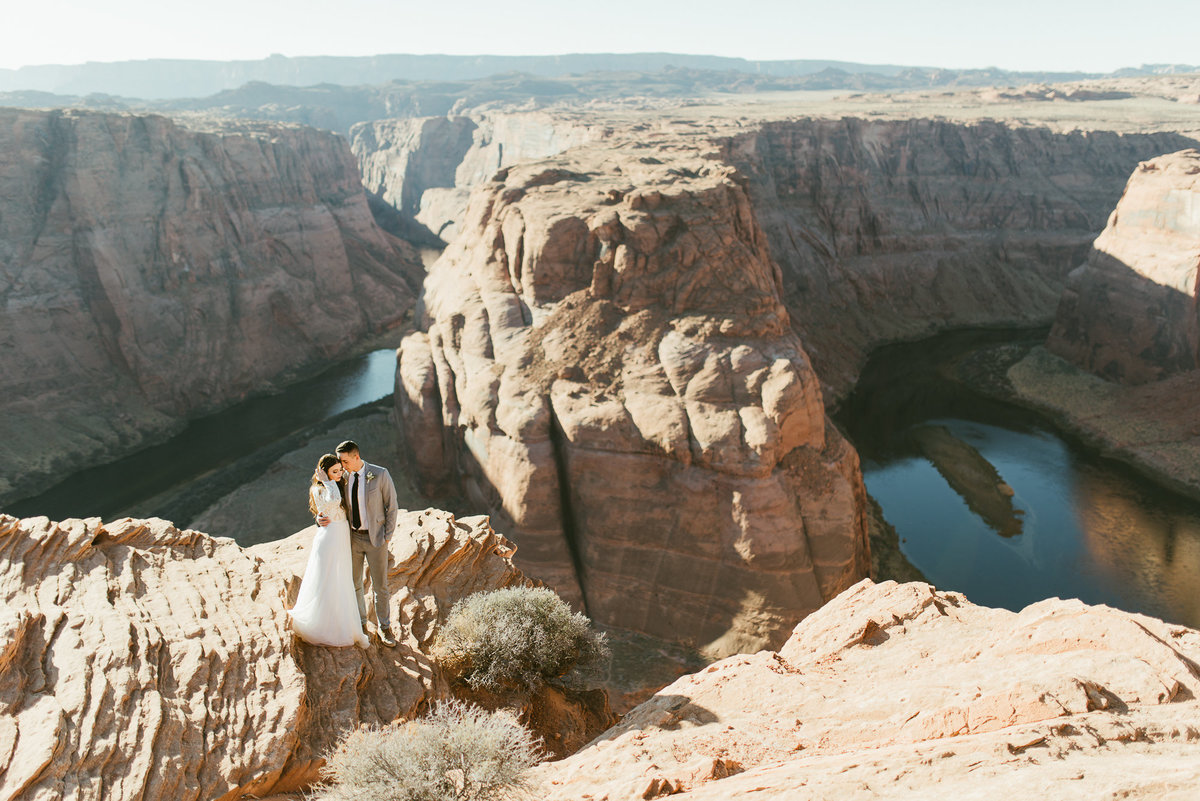 elopement-at-horeseshoe-bend-1