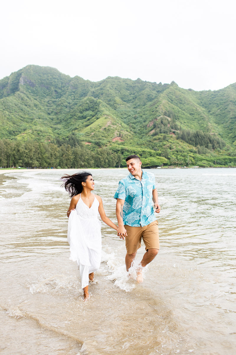 oahu-sunrise-engagement-session-9
