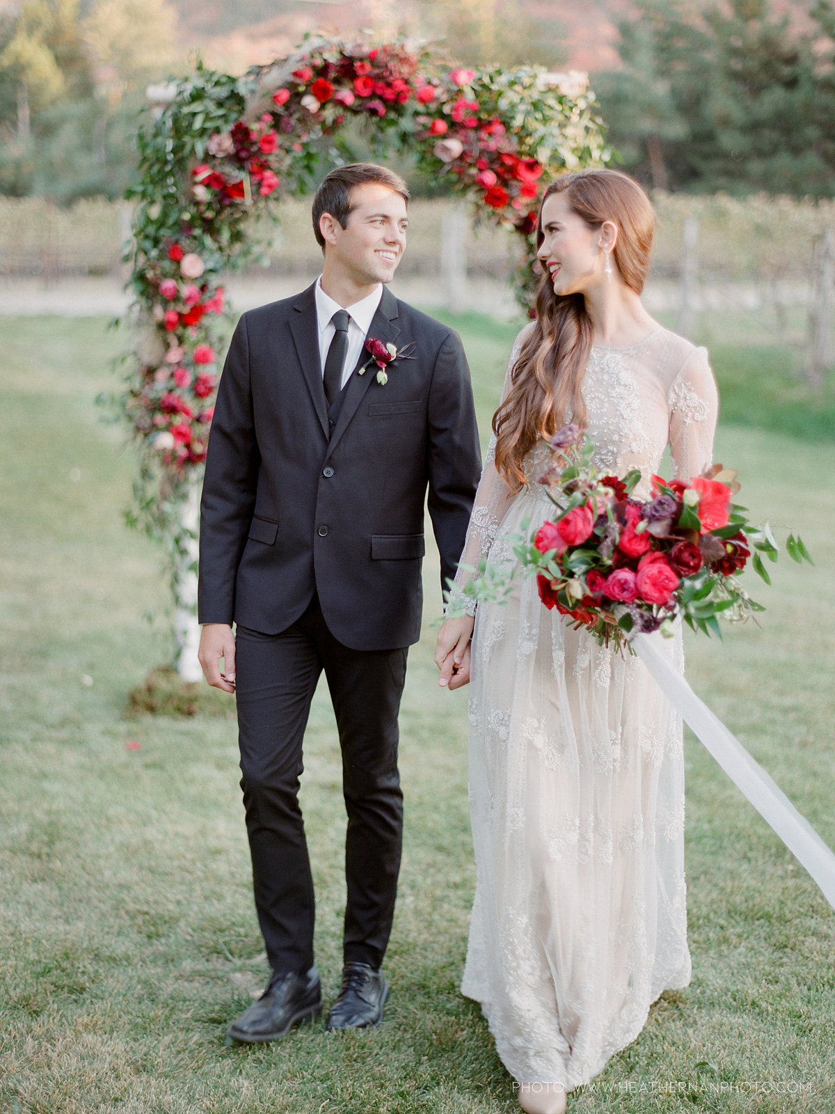 Utah Florist_Romantic Vineyard Wedding_Red Wedding Ideas-0208