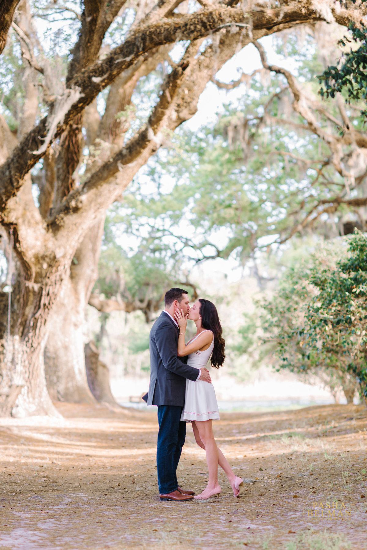 Charleston Engagement Photography | Engagement Pictures in Charleston | Engagement Portraits by Pasha Belman Photographer-5