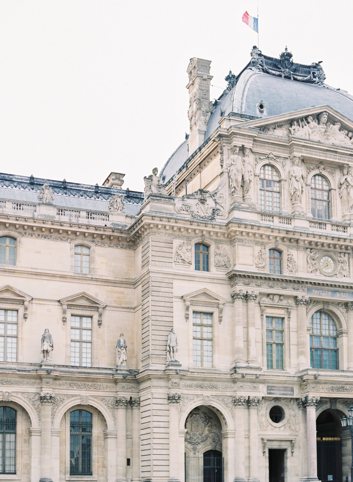 destination wedding photographer paris the lourve amelia soegijono 021