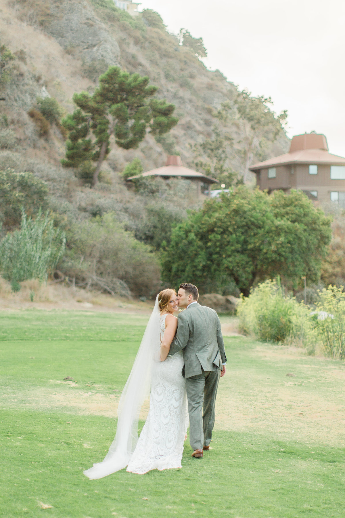 HIgh Res Ali and Phil Laguna Beach the Ranch Wedding _ Hello Blue Photo -574