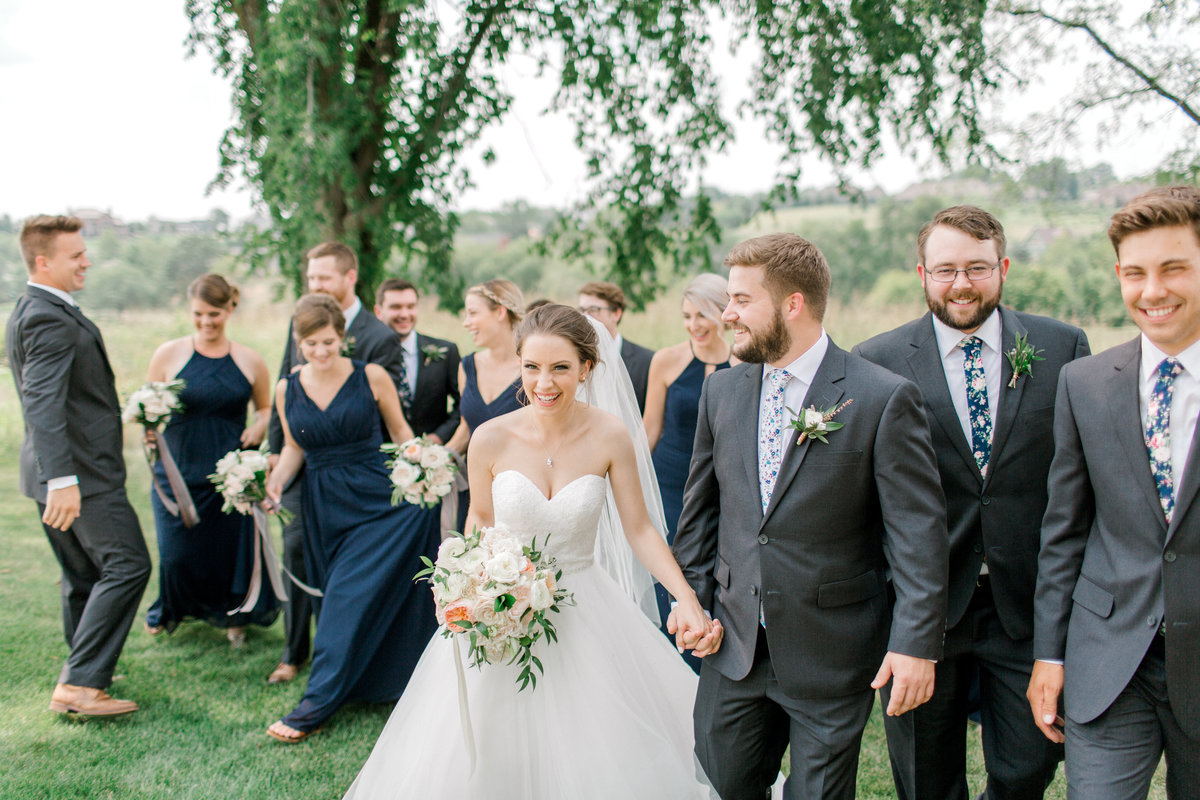 Glen-Oaks-Country-Club-West-Des-Moines-IA-Wedding-J+A-226306
