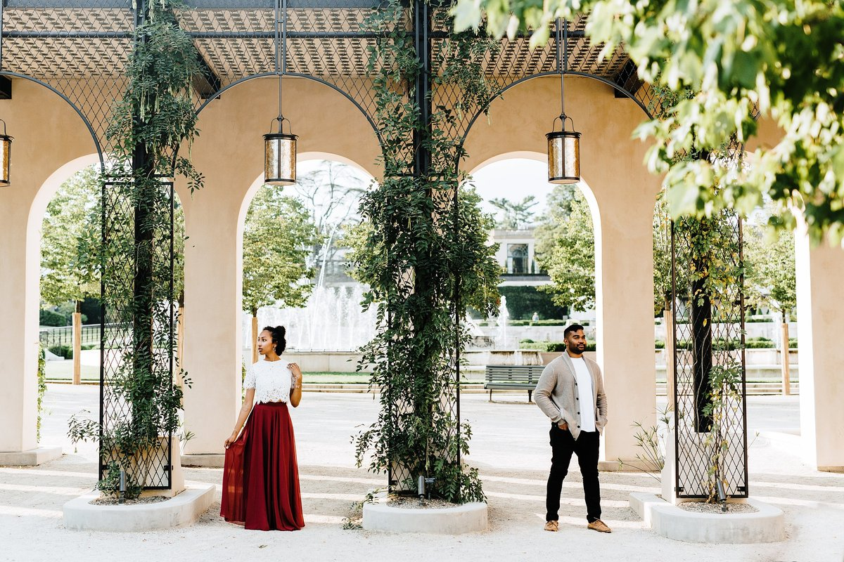 romantic-longwood-gardens-engagement-session-rebecca-renner-photography_0003