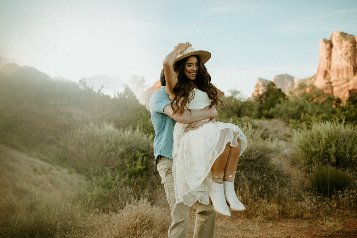 Sedona-Elopement-Photogrpaher-Summer-Grace-36