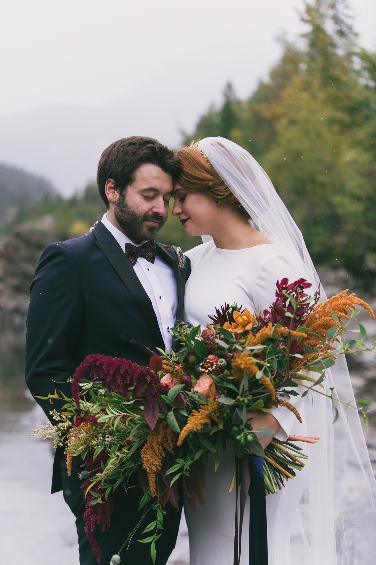 Jennifer_Mooney_Photography_Abbey_Stephen_Fall_Winter_Glacier_Park_Elopement-43