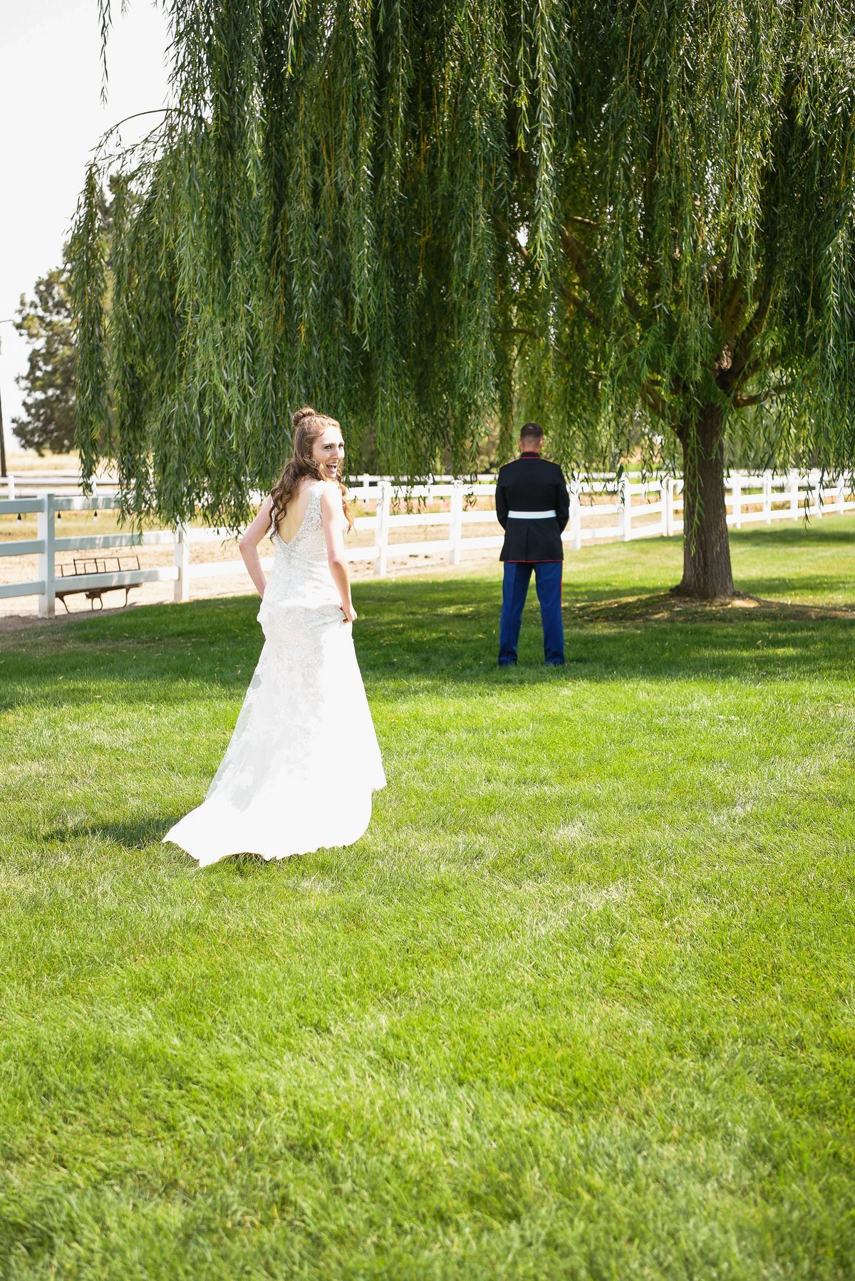 A Summer Willow Grove Barn Wedding in Emmett  - 040