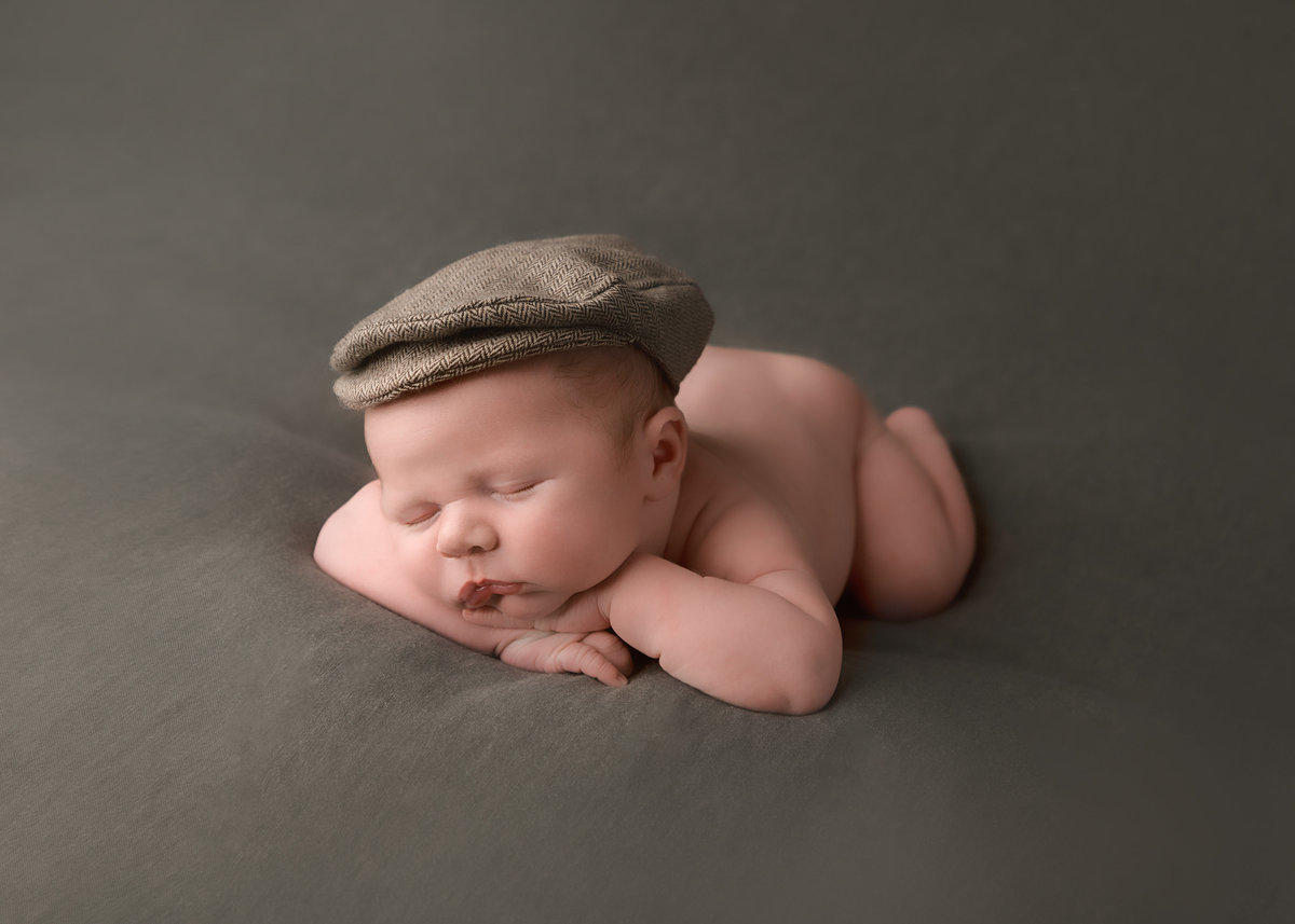 columubus.ohio.newborn.photographer-9