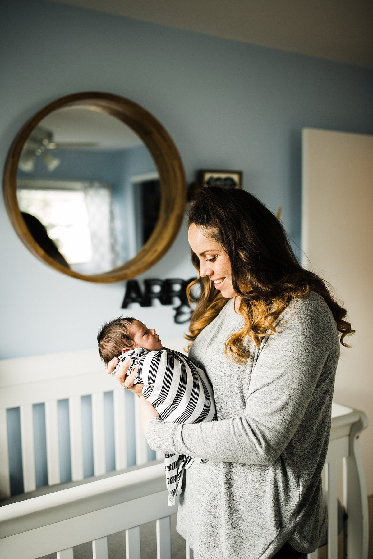 boho-modern-lifestyle-newborn-session-lewes-delaware-rebecca-renner-photography_0019