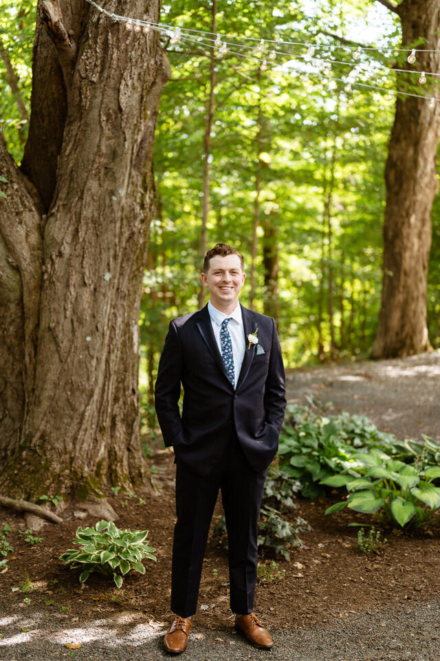 Catskills-Wedding-Planner-Foxfire-Mountain-House-Wedding-Canvas-Weddings-Groom