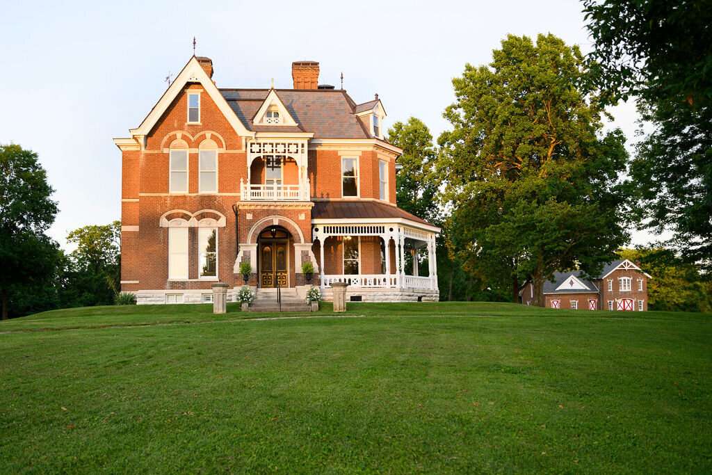 Lynwood Estate - Luxury Richmond Kentucky Wedding Venue - Elegant Estate Wedding 00026