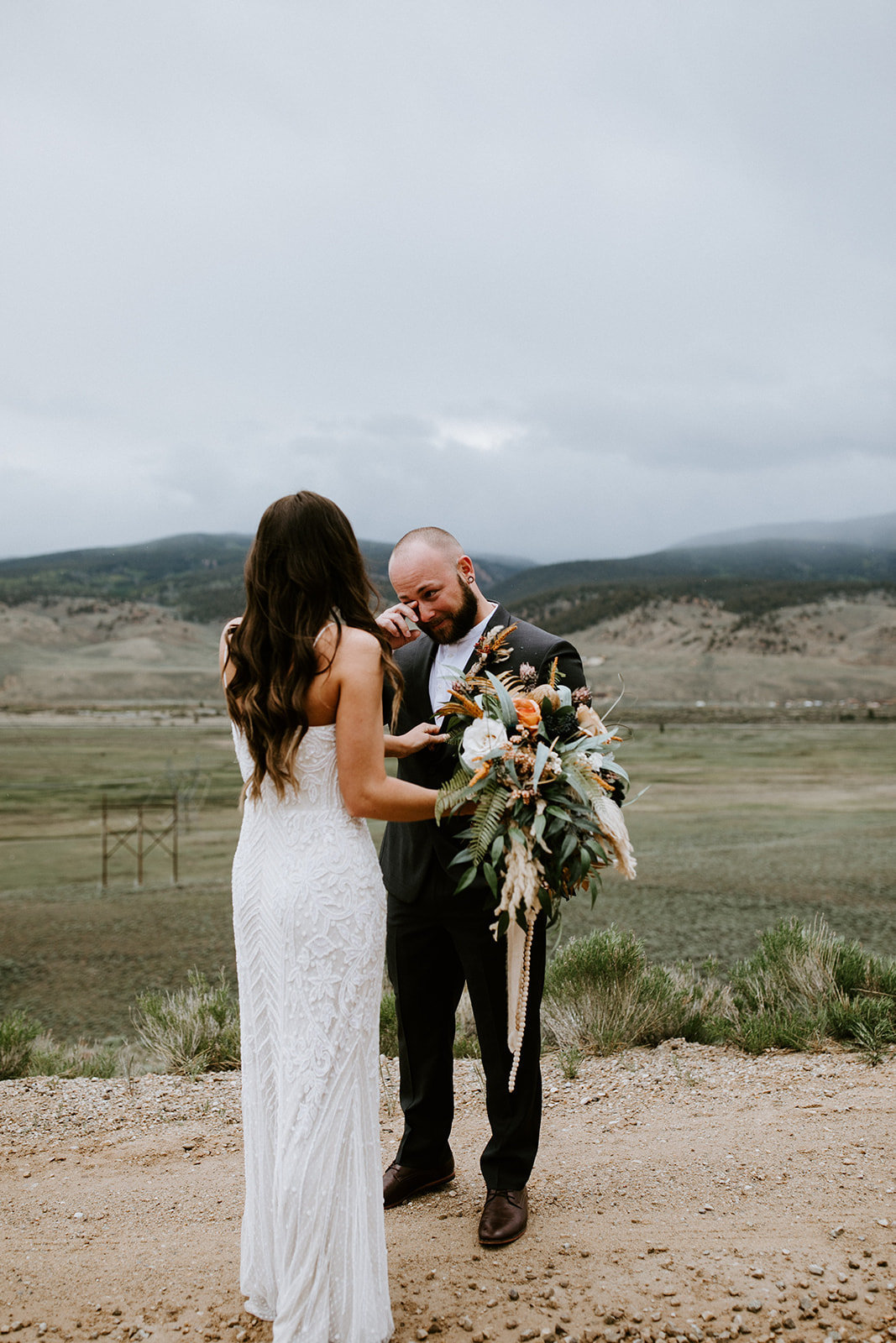 TWIN LAKES COLORADO ELOPEMENT - TWIN LAKES COLORADO THE WOLF DEN WEDDING - TWIN LAKES COLORADO WEDDING PHOTOGRAPHER - THE LOVELY LENS PHOTOGRAPHY - KATE+TREY-347_websize