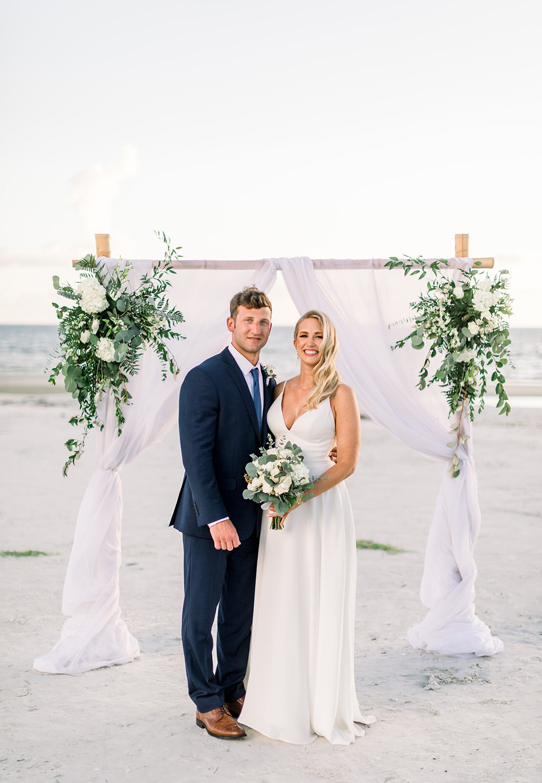 alex-mike-bowditch-beach-fort-myers-wedding-photos-1265