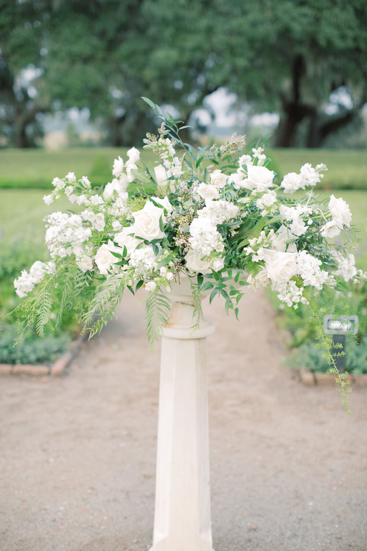 Melton_Wedding__Middleton_Place_Plantation_Charleston_South_Carolina_Jacksonville_Florida_Devon_Donnahoo_Photography__0610