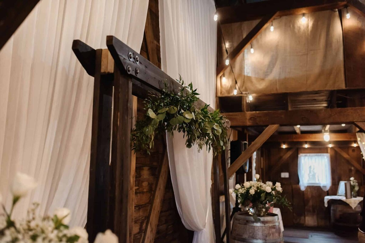 Carman-Barn-Wedding-1786