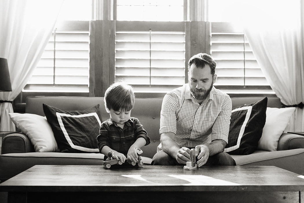 St_Louis_family_child_photographer_modern_home_life_L_Photographie08_0003-bw
