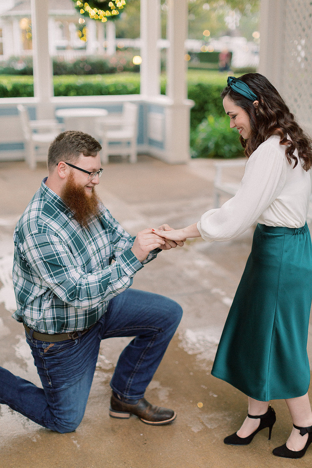 Cassidy_+_Kylor_Proposal_at_Disney_s_Beach_Club_Resort_Photographer_Casie_Marie_Photography-93