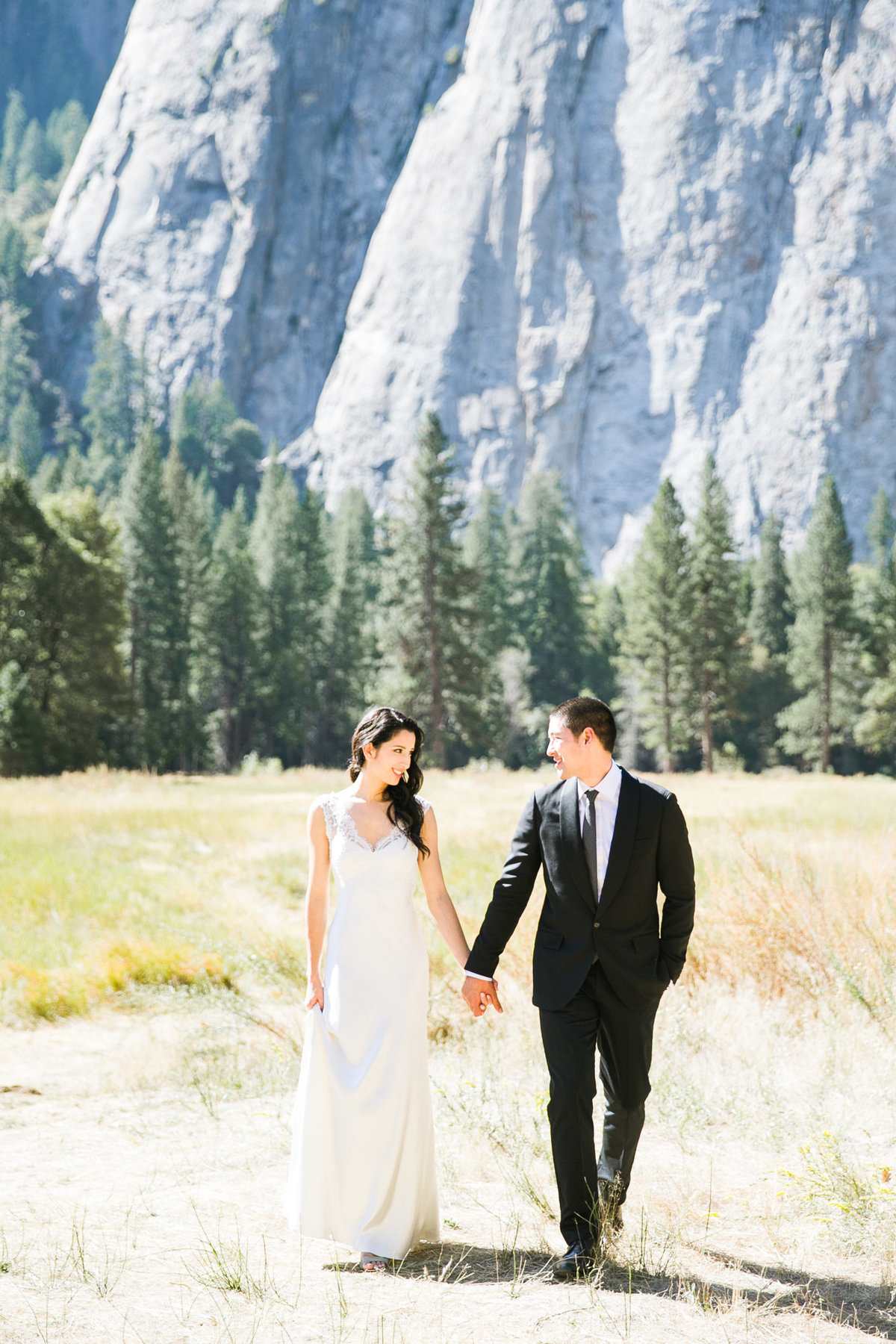 evergreen_lodge_yosemite_wedding_011