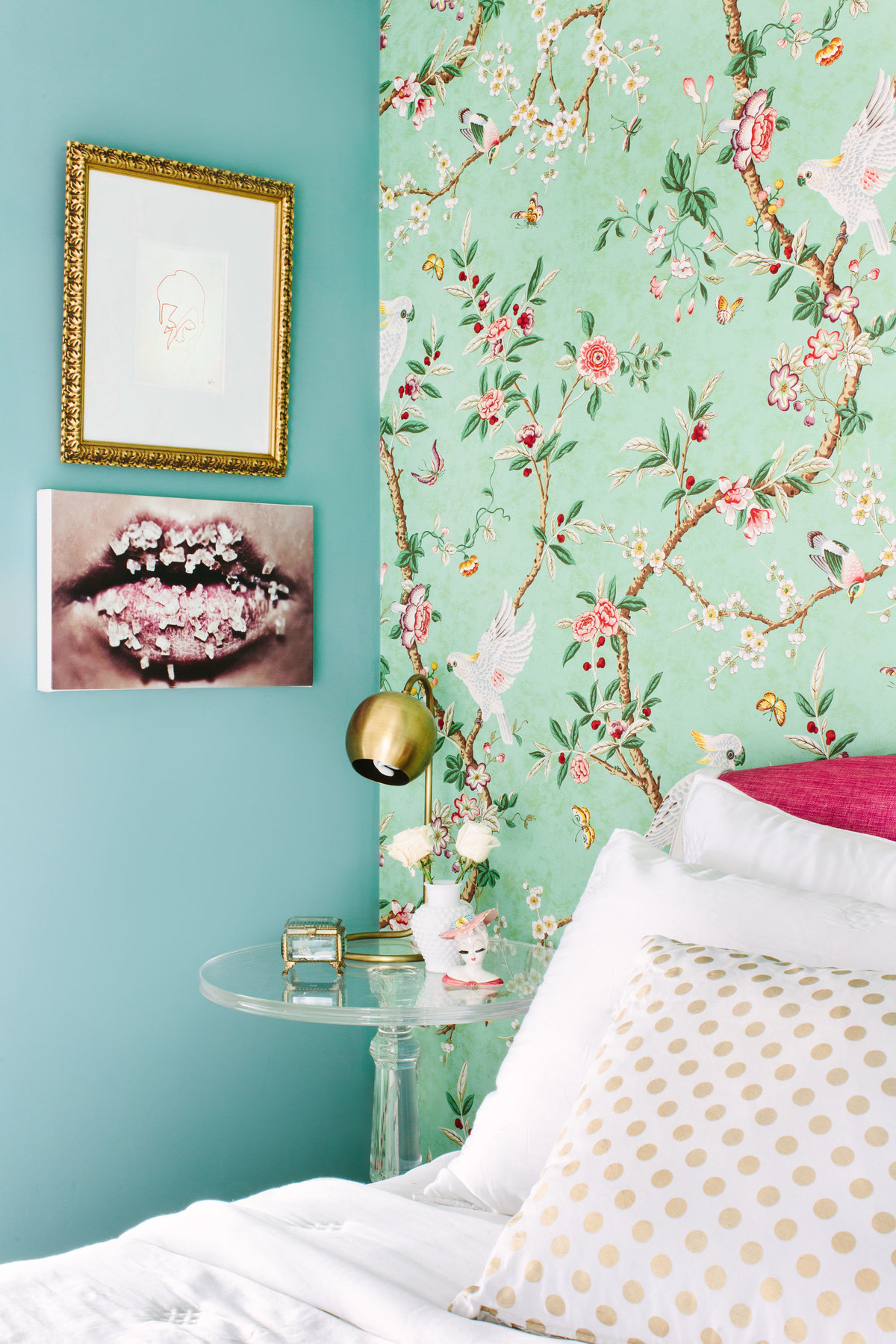 Glamour-Nest-Los-Angeles-Girly-Glamour-Interior-Bedroom-02