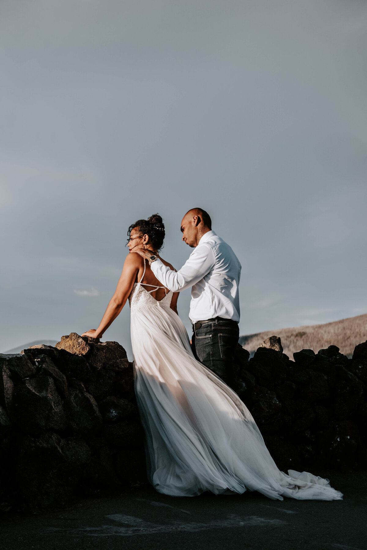 sisters-bend-oregon-summer-wedding-elopement-photographer-dress-scenic-byway-wedding-deewright-observatory-4956