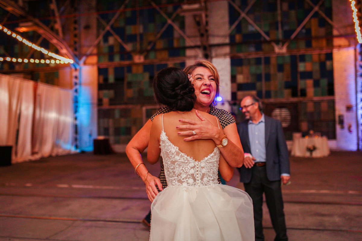Albuquerque Wedding Photographer_Abq Rail Yards Reception_www.tylerbrooke.com_075