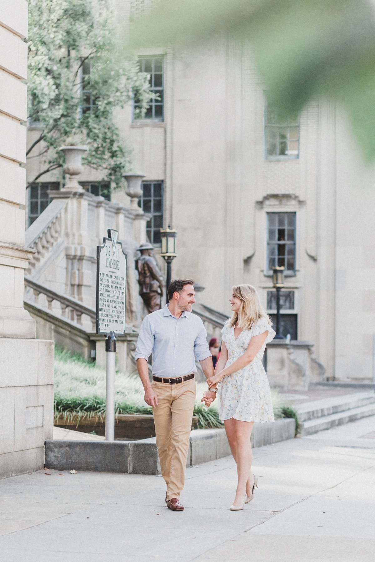 darrell-sarah-downtown-lynchburg-engagement_0001