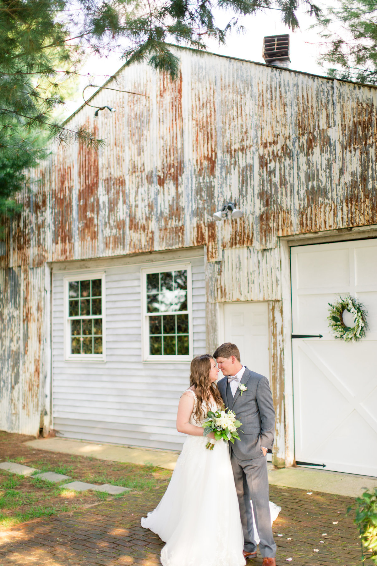 The Inn at the Old Silk Mill wedding by Marie Hamilton Photography