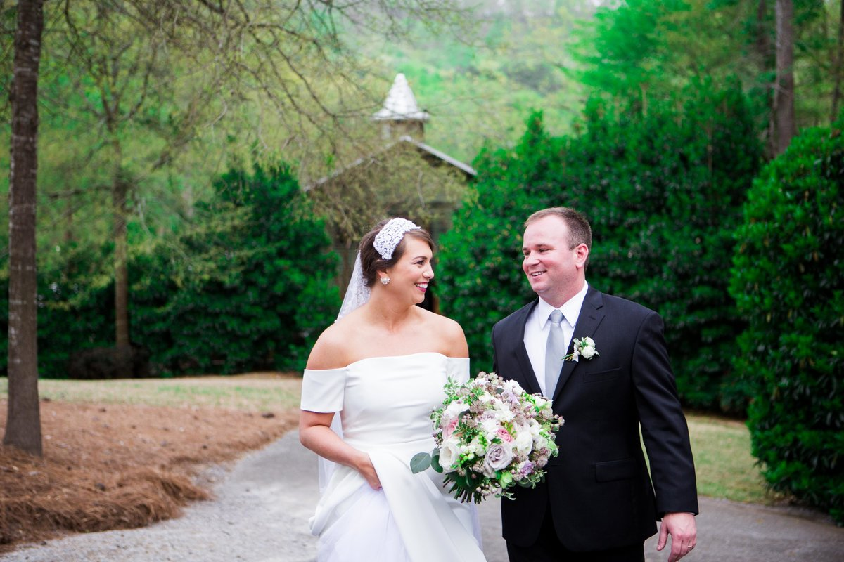 Windwood_Equestrian_Outdoor_Wedding_Venue_Alabama_Farm_Bride080