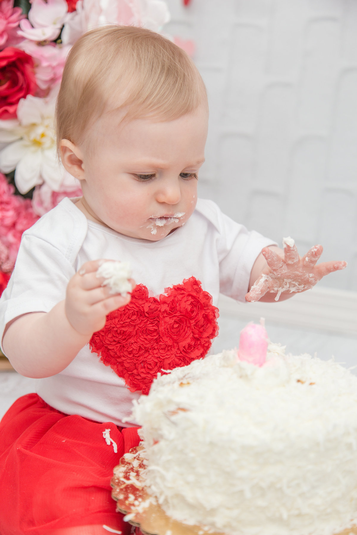Scar-Vita-Photography-2019-COPYRIGHT-Valentines-day-cake-smash-91