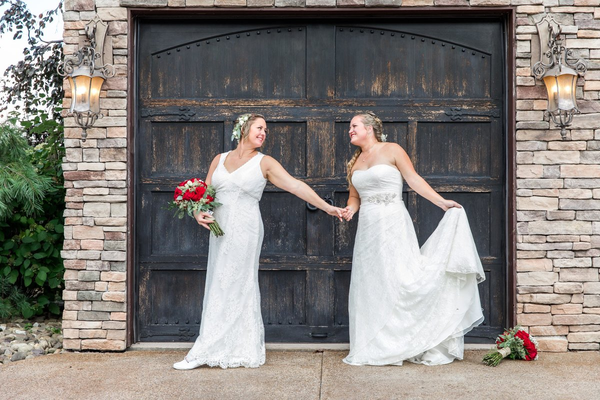 Hannah-Barlow-Photography-Brides-Same-Sex-Wedding_032