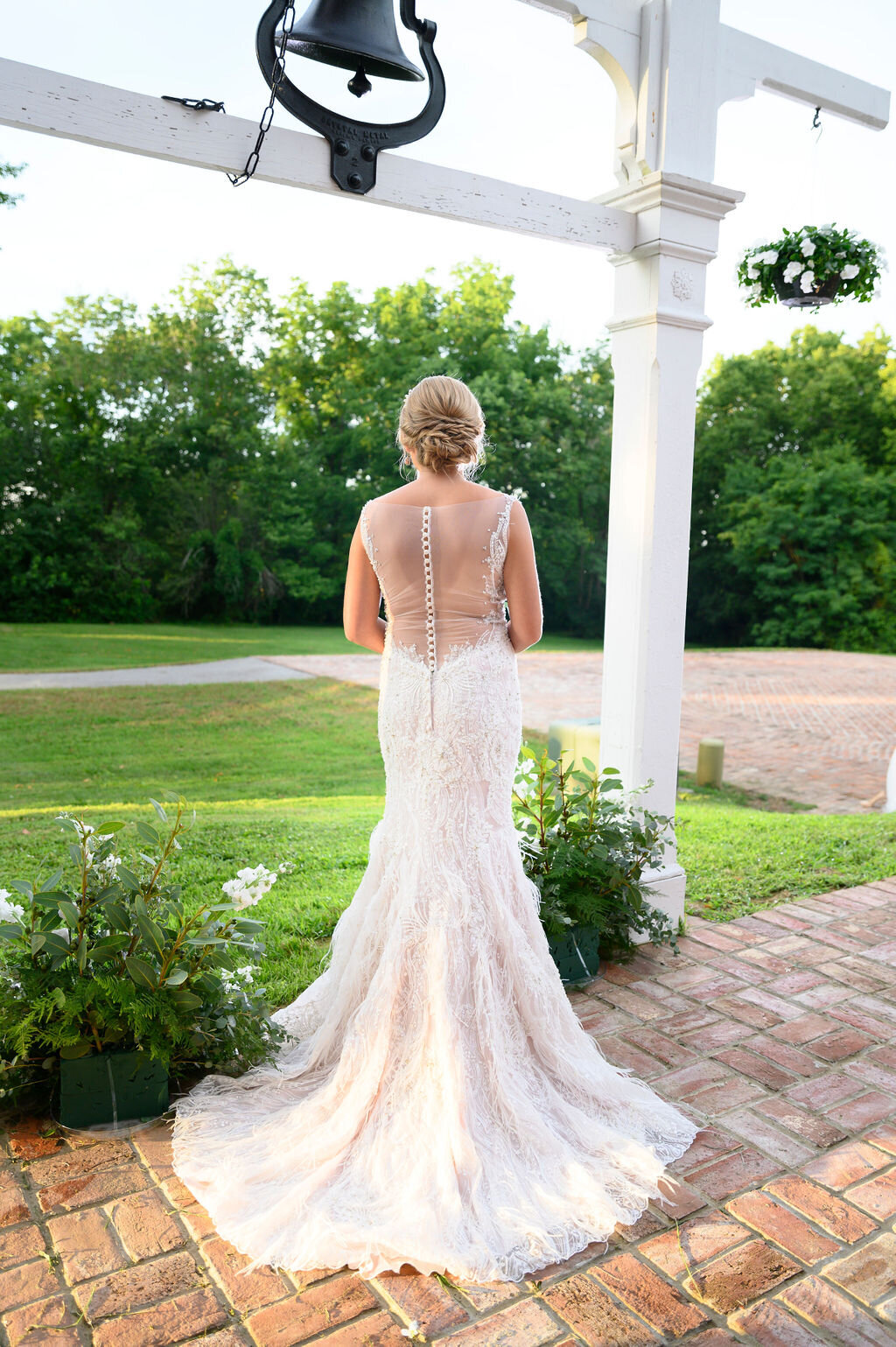 Lynwood Estate - Luxury Richmond Kentucky Wedding Venue - Elegant Estate Wedding 00017