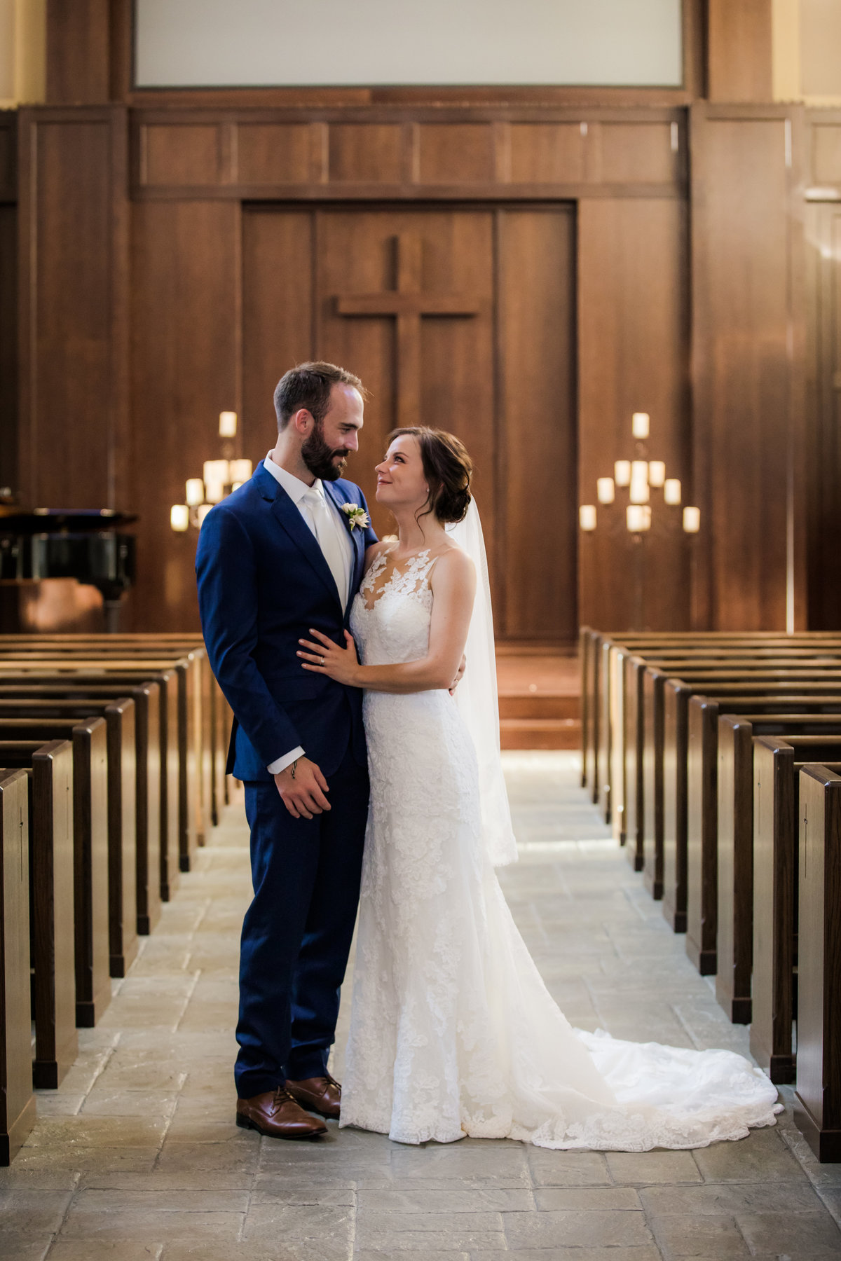 Baptist Wedding - Church Wedding - Church Weddings - Nashville Church Weddings - nashville TN - Nashville Weddings - Nashville Wedding - Couples Who Love Jesus - SouthernBride - SouthernBrides - Nashville Bride024