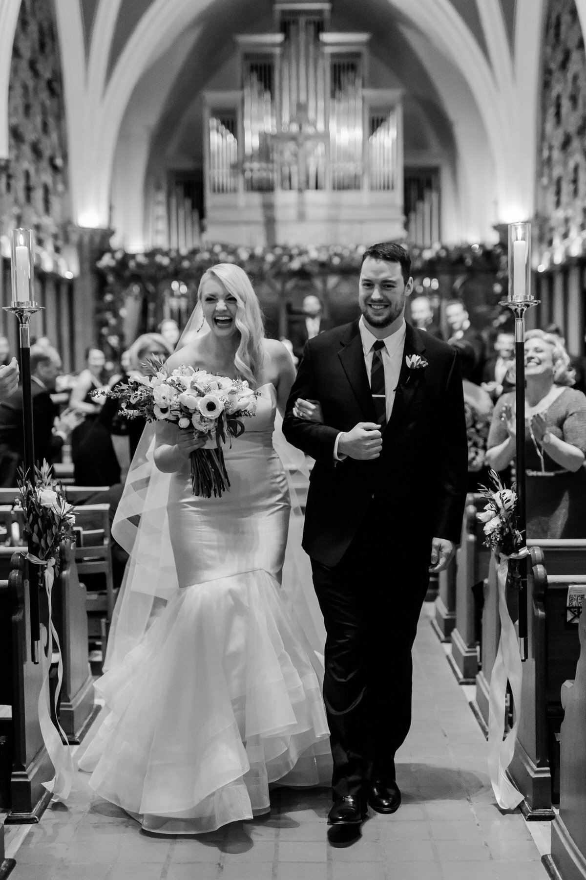 modern white and black wedding, ceremony aisle