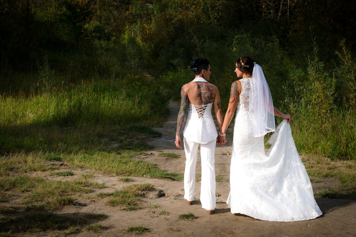 carla-lehman-photography-lgbtq-wedding-photography-leduc-calmar-edmonton-1165